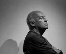 A la muerte de Eduardo Galeano, un recuerdo y muchos libros